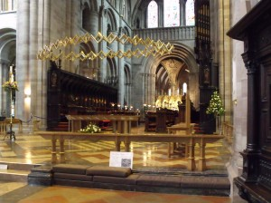 Altar and Corona at Hereford Cathedral