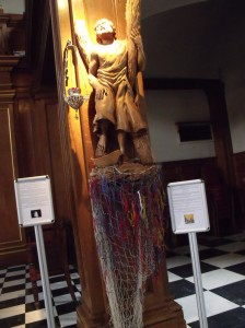 Statue of St. Andrew with a 'prayer net'